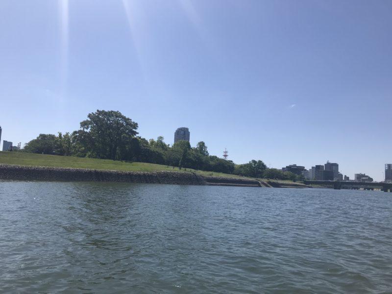 河川敷公園 基町環境護岸