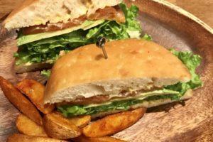 ビストロ・コションドールでスペシャルなサンドイッチランチ